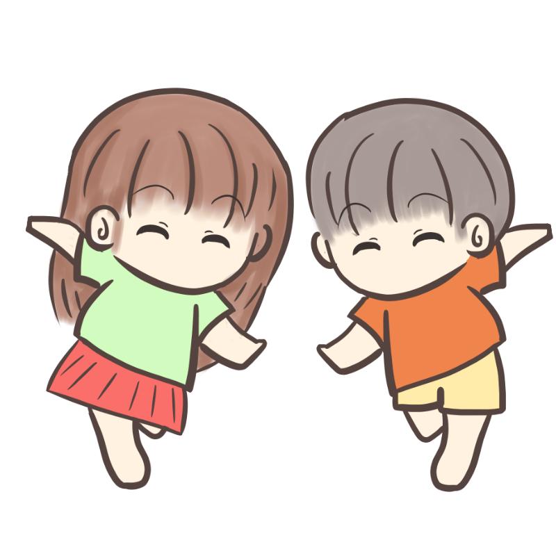 裸足で走る男の子と女の子のイラスト1