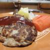高級レストランの味を自宅で!ハンバーグを美味しくする簡単特製ソースの作り方